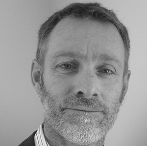 A portrait photo of Ian Edwards